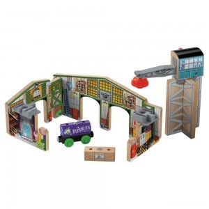 Fisher-Price Thomas & Friends Wooden Railway Creative Junction Slot and Build - Sale